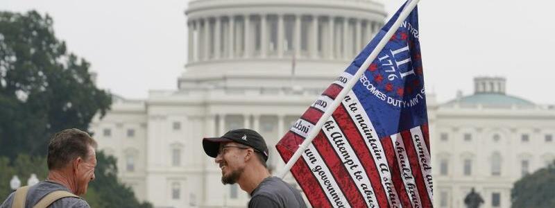 Trump-Fans - Foto: Brynn Anderson/AP/dpa