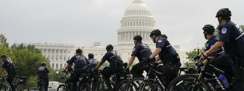 Demonstration am US-Kapitol - Foto: Jose Luis Magana/AP/dpa