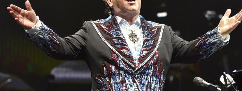 Der Pop-Herbst wird golden - Elton John - Foto: Rob Grabowski/Invision/AP/dpa