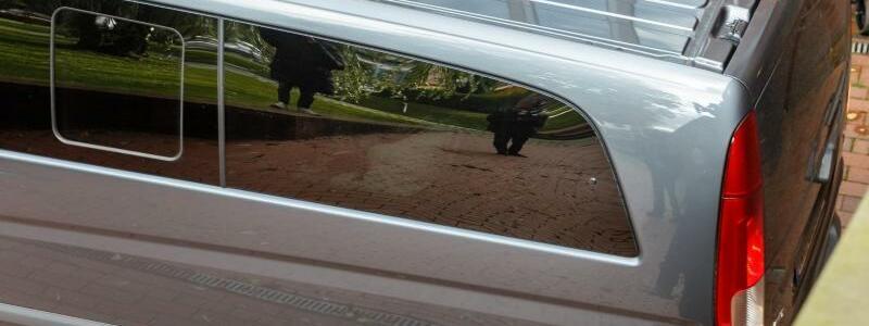 Polizeifahrzeug - Foto: Markus Scholz/dpa