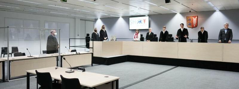 Gerichtssaal - Foto: Markus Schreiber/AP-Pool/dpa