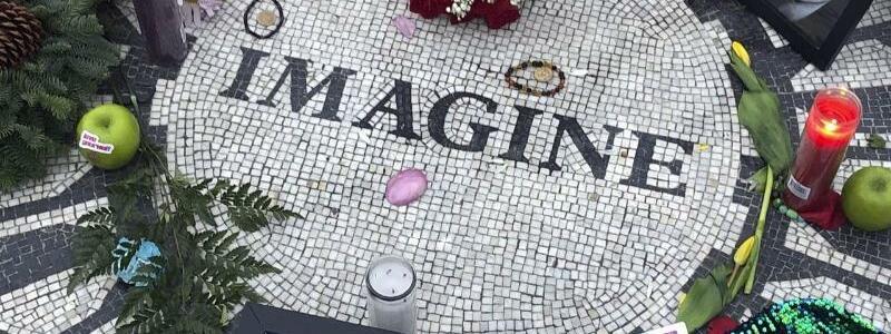 John Lennons ?Imagine? wird 50 - Foto: Mark Lennihan/AP/dpa