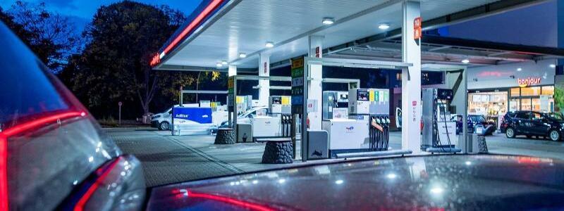Tankstelle - Foto: Carsten Koall/dpa