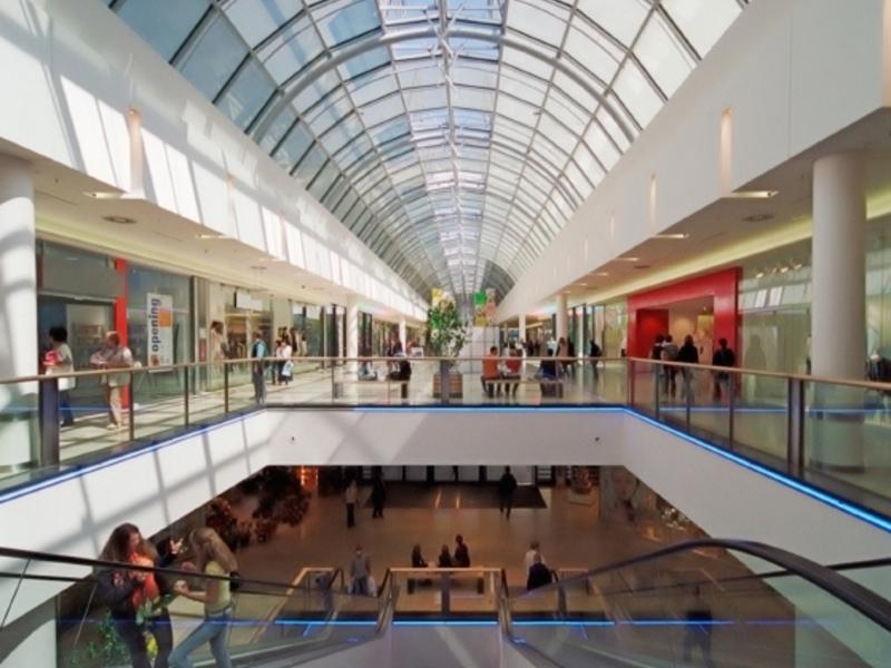Einkaufszentrum - Foto: iStockphoto.com / mr_sailor